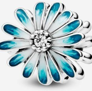 Pandora charm Blue Daisy